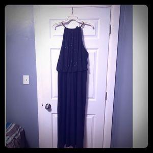 Dresses & Skirts - Black sleeveless dress